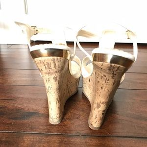 DBDK Fashion Shoes - White wedges with gold detailing